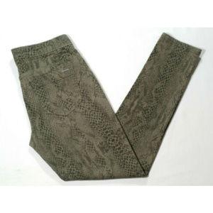 CALVIN KLEIN Women Snake Print Skinny Jeans 2674E2